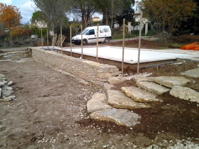 Pierres jardin paysagistes paysagiste architecte for Drainage piscine