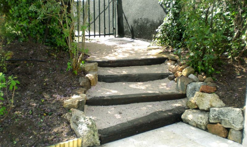 pierres jardin paysagistes paysagiste architecte paysagiste pierres jardin du rigaou. Black Bedroom Furniture Sets. Home Design Ideas